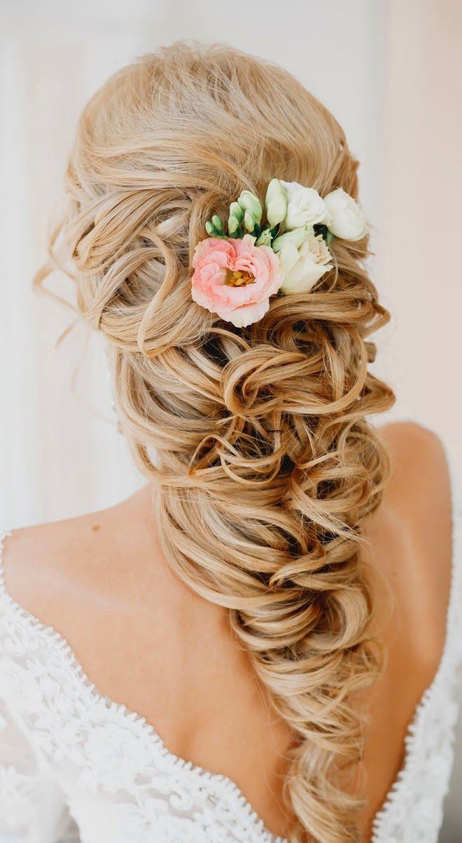 Jaw Dropping Bridal Hairstyle