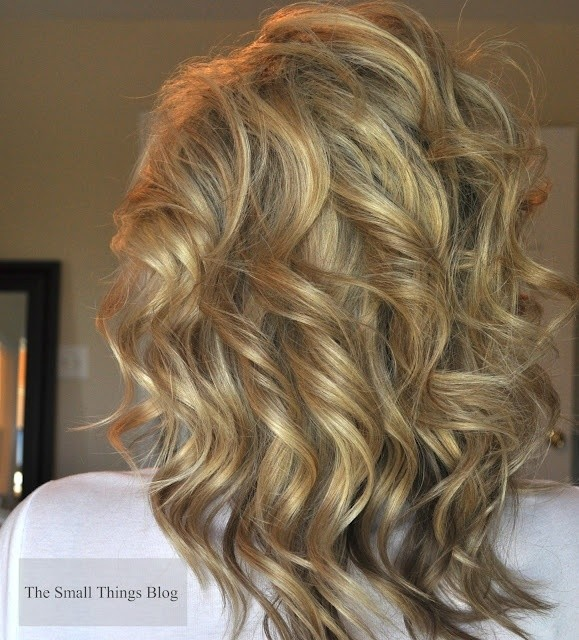 Medium Curly Hairstyle