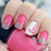 22 Romantic Nail Designs For Your Valentineu0027s Day