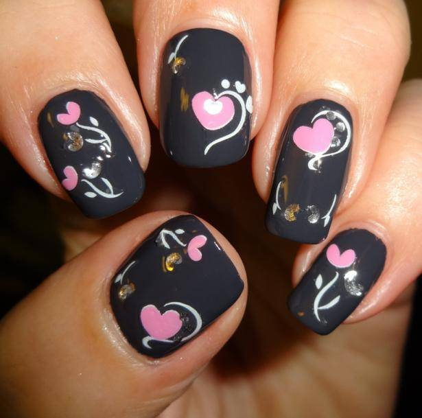 Toll Valentines Day Nails Designs