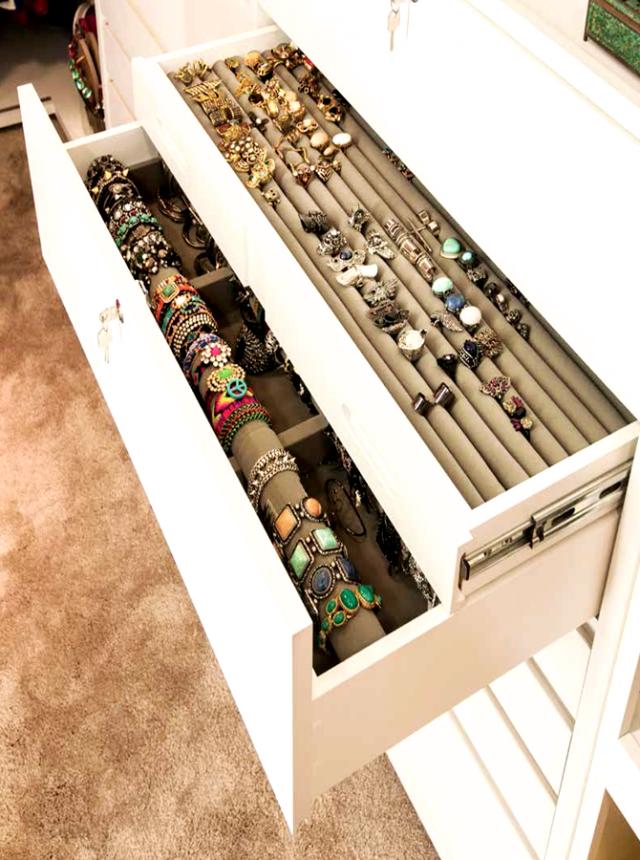 16 useful storage ideas to ease your life pretty designs for Armario zapatero pvc