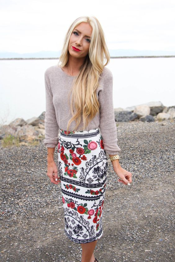 Sweater and Floral Printed Skirt