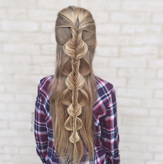 Half Up Braid Hairstyle for Your Daughter