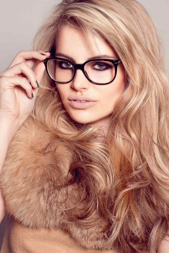 Glasses Frames For Blondes : 24 Champagne Blonde Hairstyles for Women - Pretty Designs