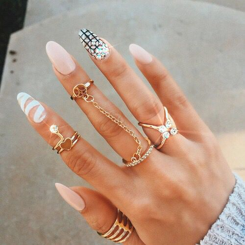 20 magnificent stone nail art designs pretty designs stone nail art design prinsesfo Choice Image