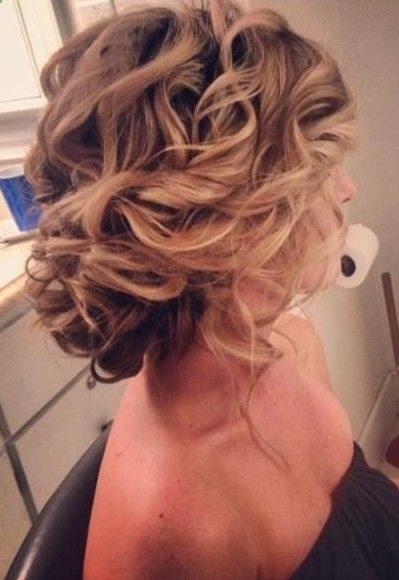 casual prom hairstyle