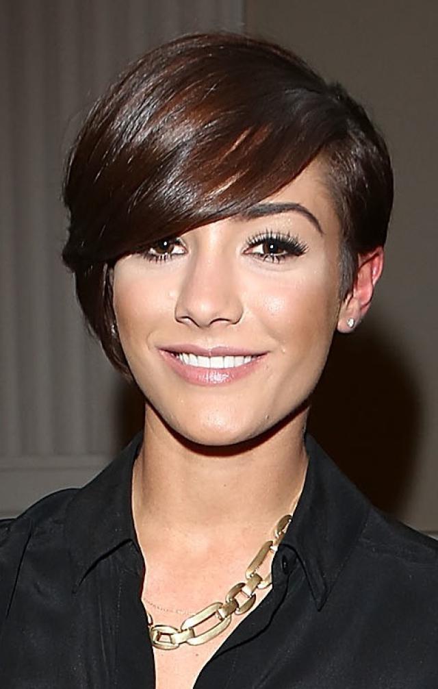 Wondrous 20 Chic Pixie Hairstyles For Short Hair Pretty Designs Short Hairstyles Gunalazisus