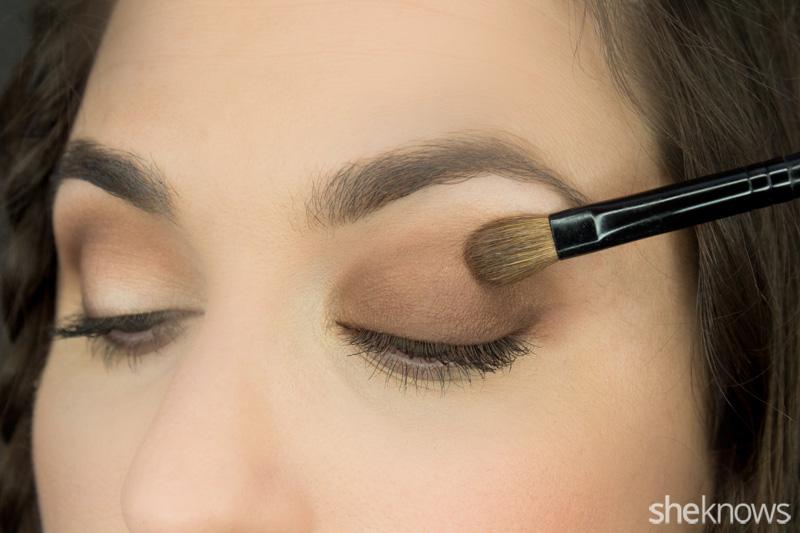 1-eyeshadow-4-different-ways-Wash_mvngea