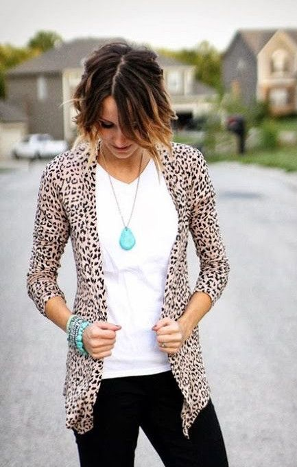 10 Leopard Print Outfits That Aren't Overpowering