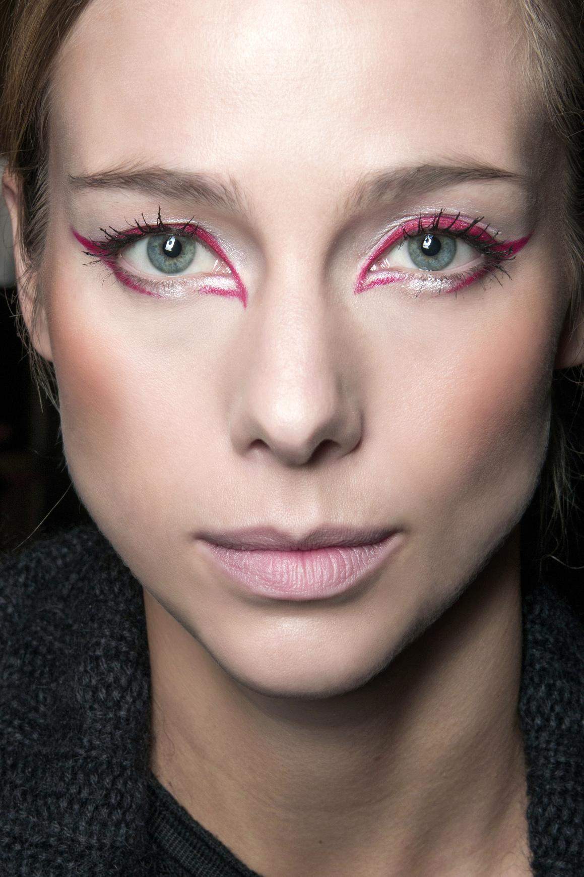 6 Tips voor het Rocken van gekleurde eyeliner Verzinnen  Gekleurde eyeliner