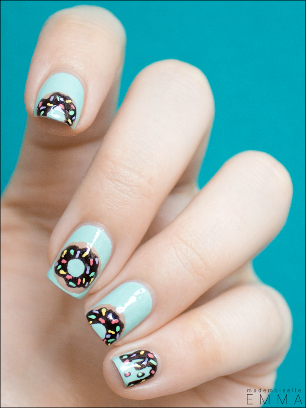 Blue Nails with Donuts via