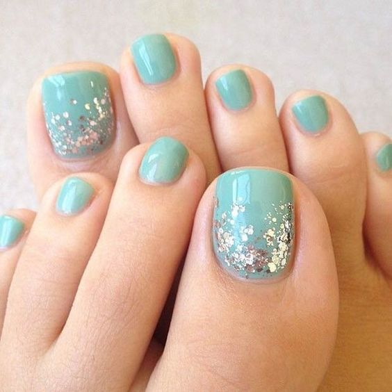 Blue Toe Nails with Glitter via