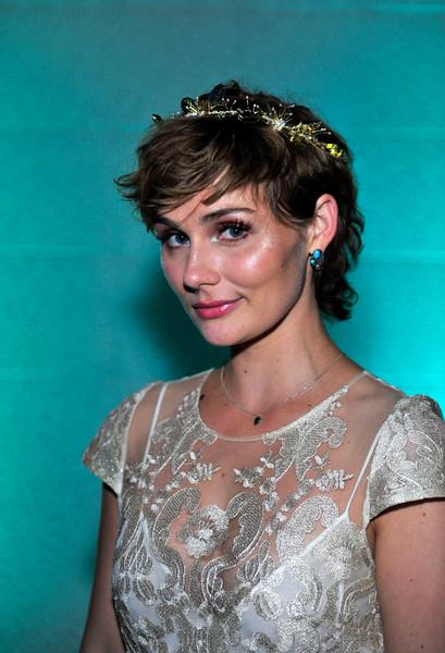 Clare Bowen Cute Hair via stylebistro