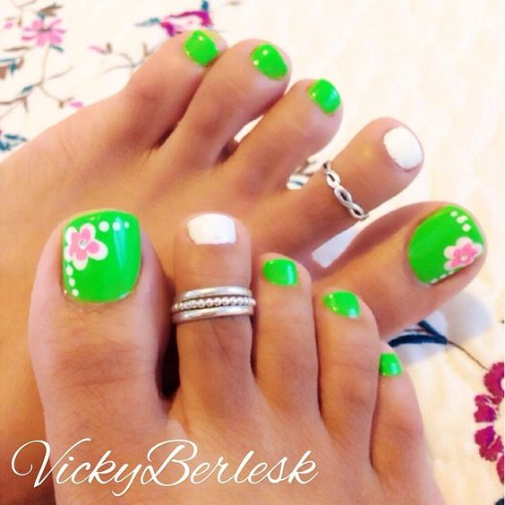 Green Nails with Flowers via