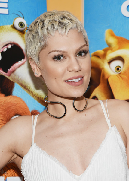 Jessie J Platinum Pixie via stylebistro
