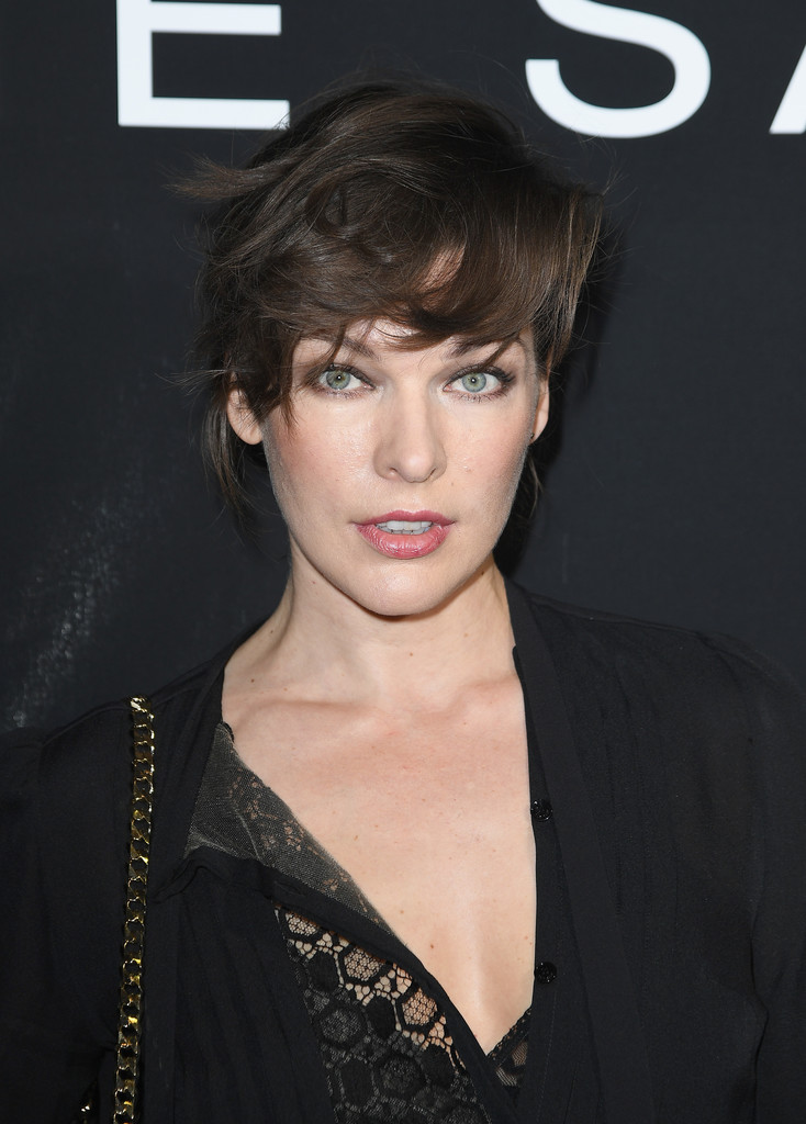 Milla Jovovich Messy Short Hair via stylebistro