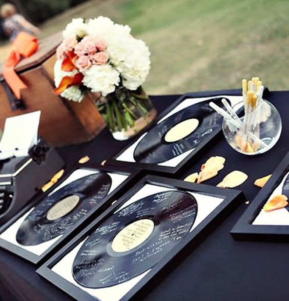 Music Themed Guestbook via