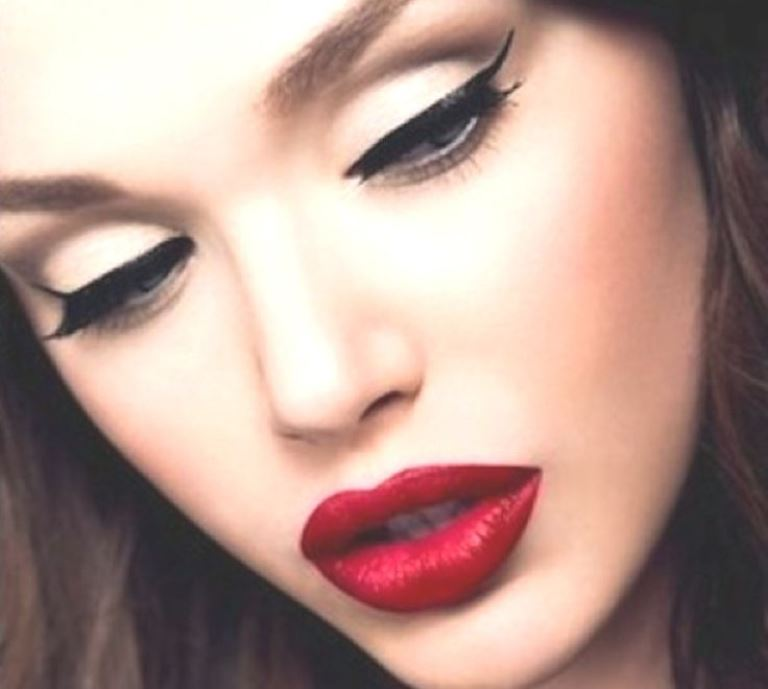 Party-Makeup-Ideas-And-Tips-You-Must-Know4