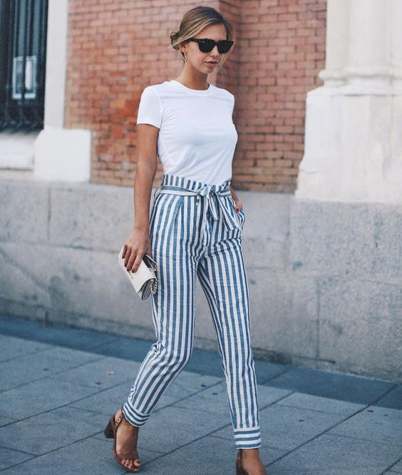 d6b04c51b2 20 Outfit Ideas to Have a Striped Look for Summer - Pretty Designs