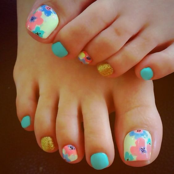 Water Colored Toe Nails via
