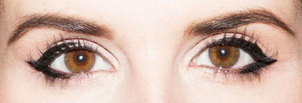 eyeliner-trick-close-set-eyes-winged