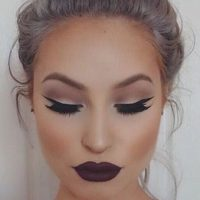 How to Apply Your Makeup in Less Than Ten Minutes