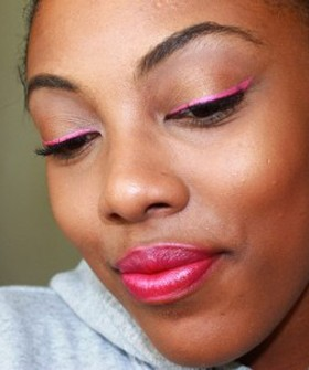 pink-eyeliner