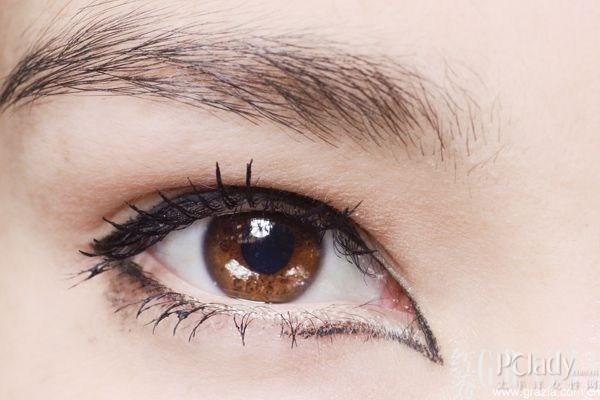 wide-set-eye-eyeliner