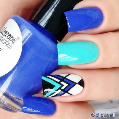 Blue Tone Nails via