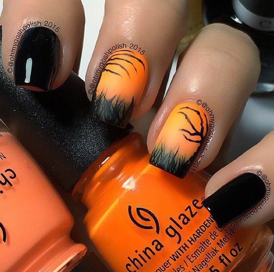Halloween Nails via