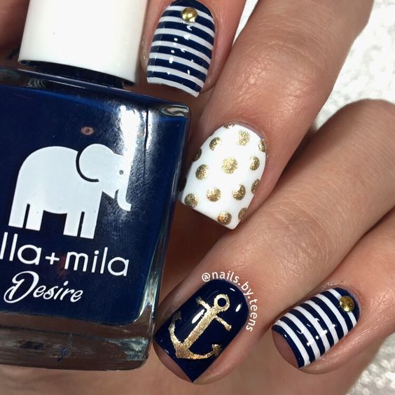 Nautical Nails with Dots and Anchors via - 20 Nautical Themed Nail Arts You Will Like - Pretty Designs