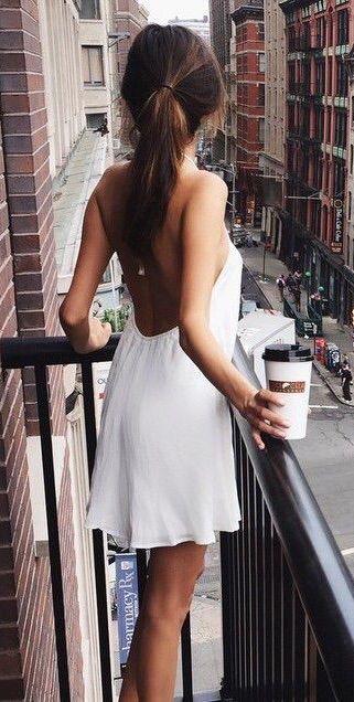 Pretty Backless Dress via