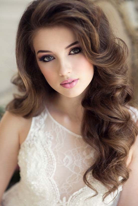 Long Hair Wavy Hairstyles For Women 34