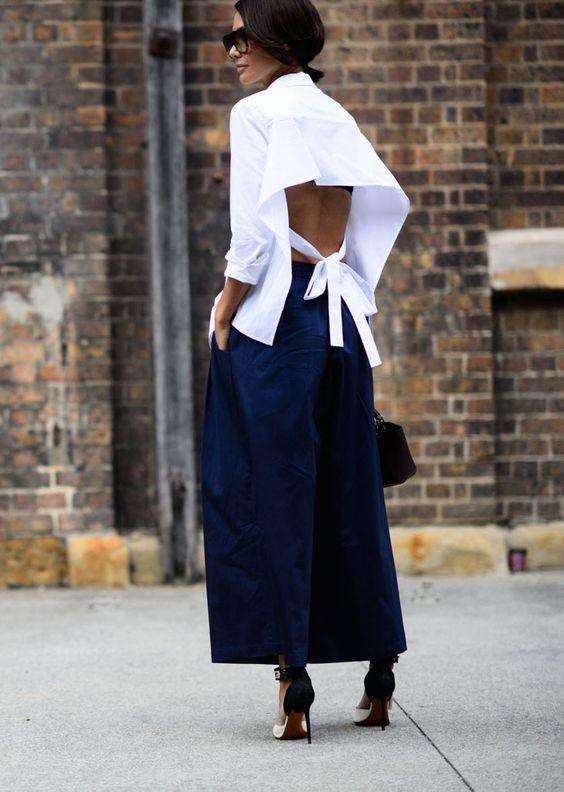 Stylish Blue and White Backless Dress via