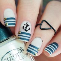 White Nautical Nails with Anchor and Stripes via