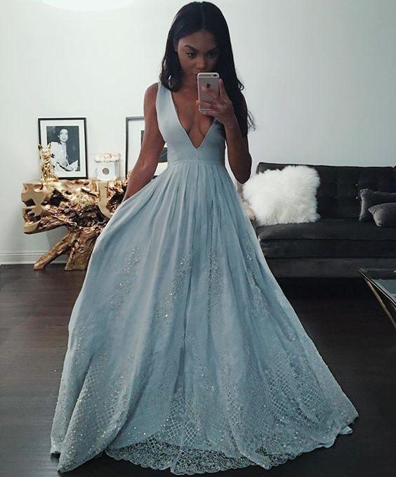 7 Tips for Choosing a Formal Dress