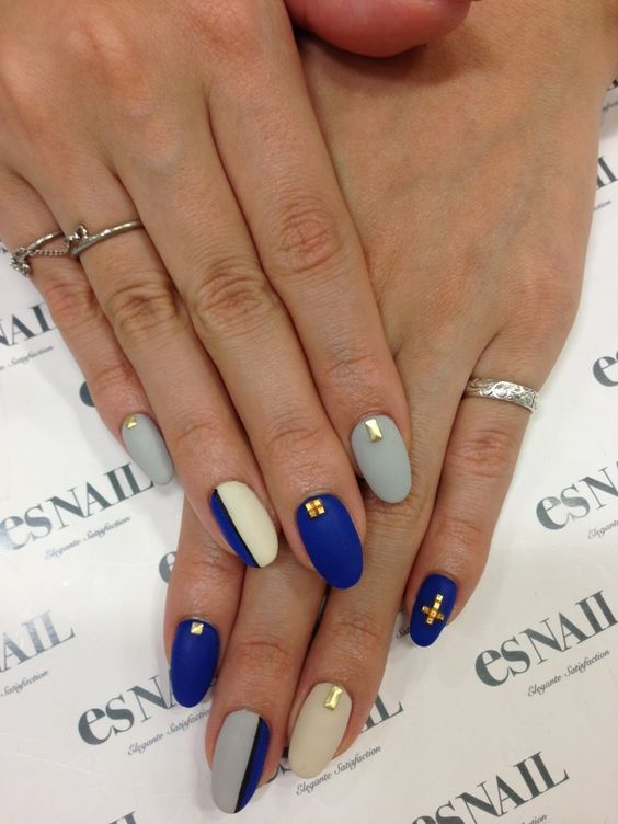 Beige, Grey and Blue Nails via