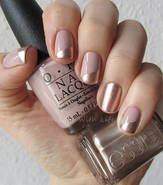 beige-and-golden-nails via
