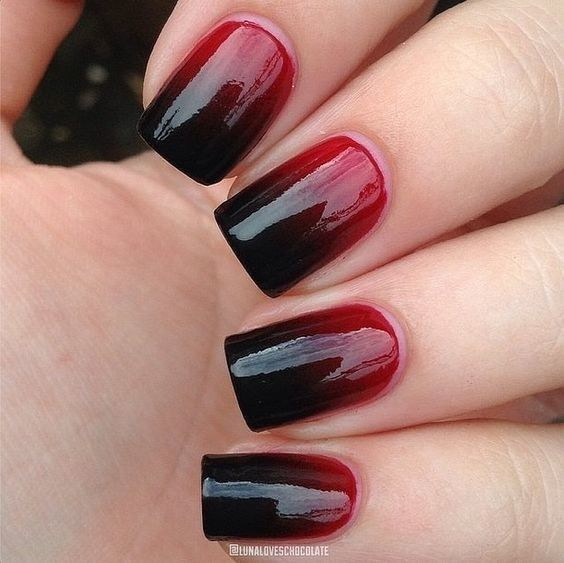 black-and-red-halloween-nails via