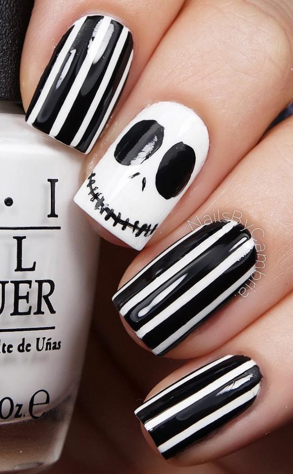 black-and-white-halloween-nails via