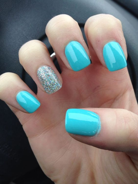 Blue Nails with Glitter via