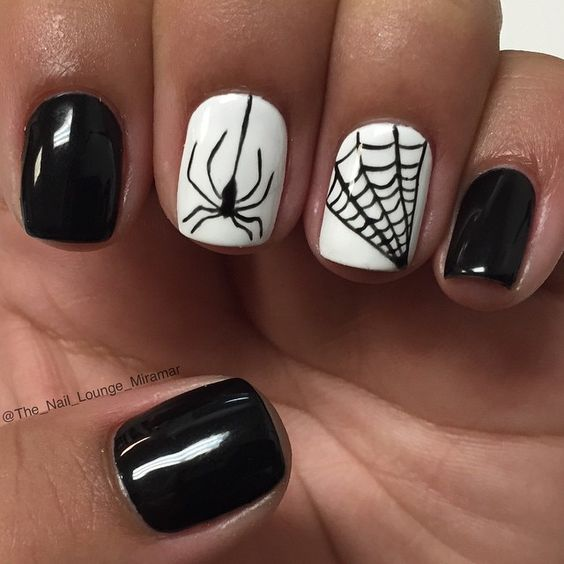 20 Cool Easy Halloween Nail Art Ideas - Halloween Nail Designs