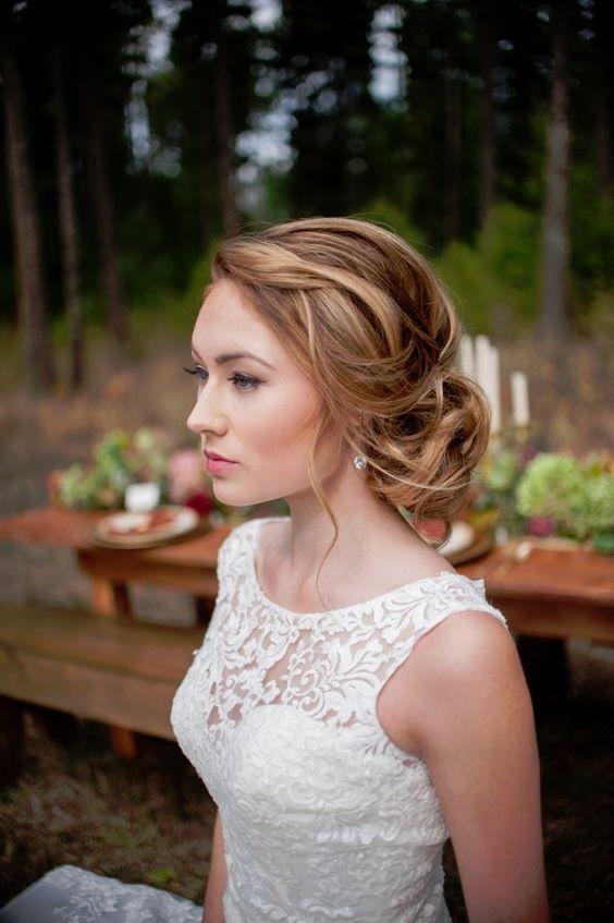 20 Ideeën voor stijl Bruiloft-kapsels voor de herfst