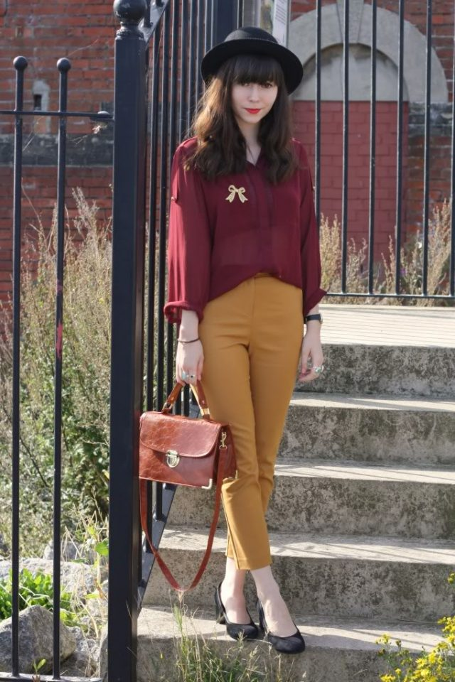red-top-and-mustard-pants via