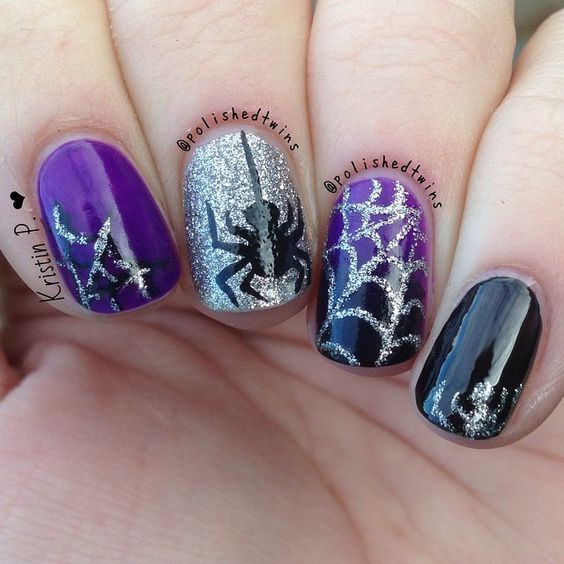 spider-halloween-nails - Pretty Designs