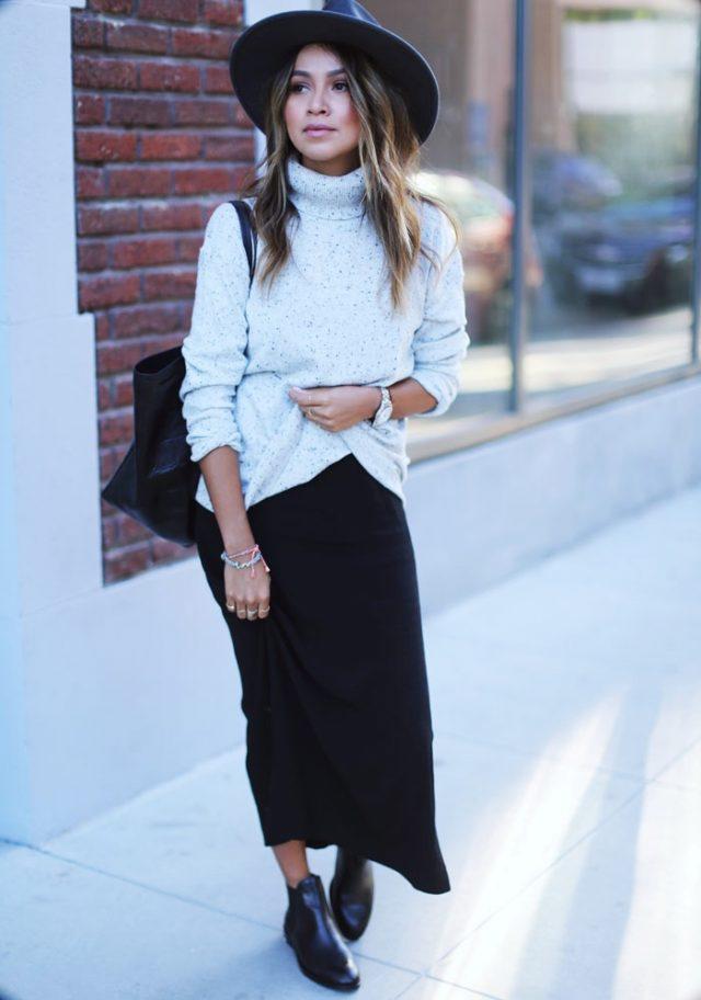 turtleneck-and-long-skirt via