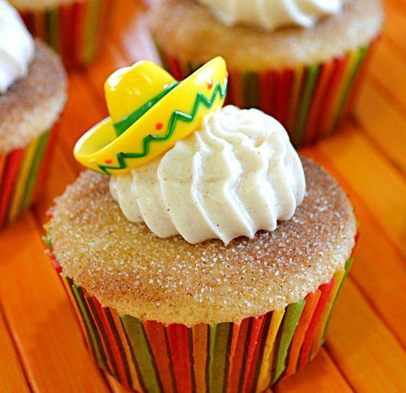 churo-cupcake