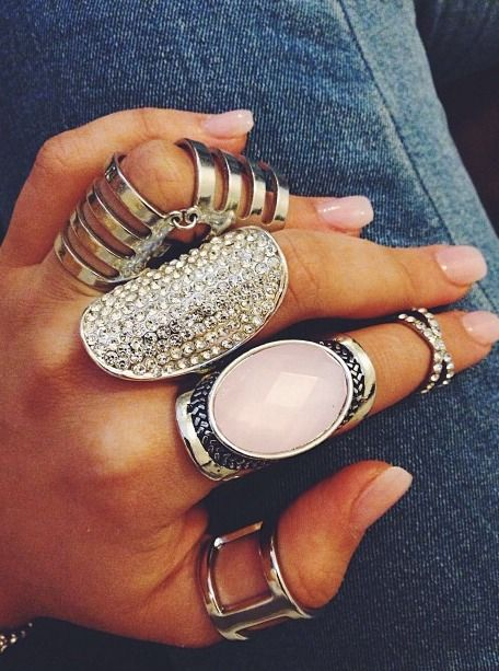 How to Rock Chunky Jewelry