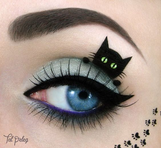cat-eye-makeup via