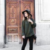 khaki-sweater-black-skinny-and-leopard-boots via